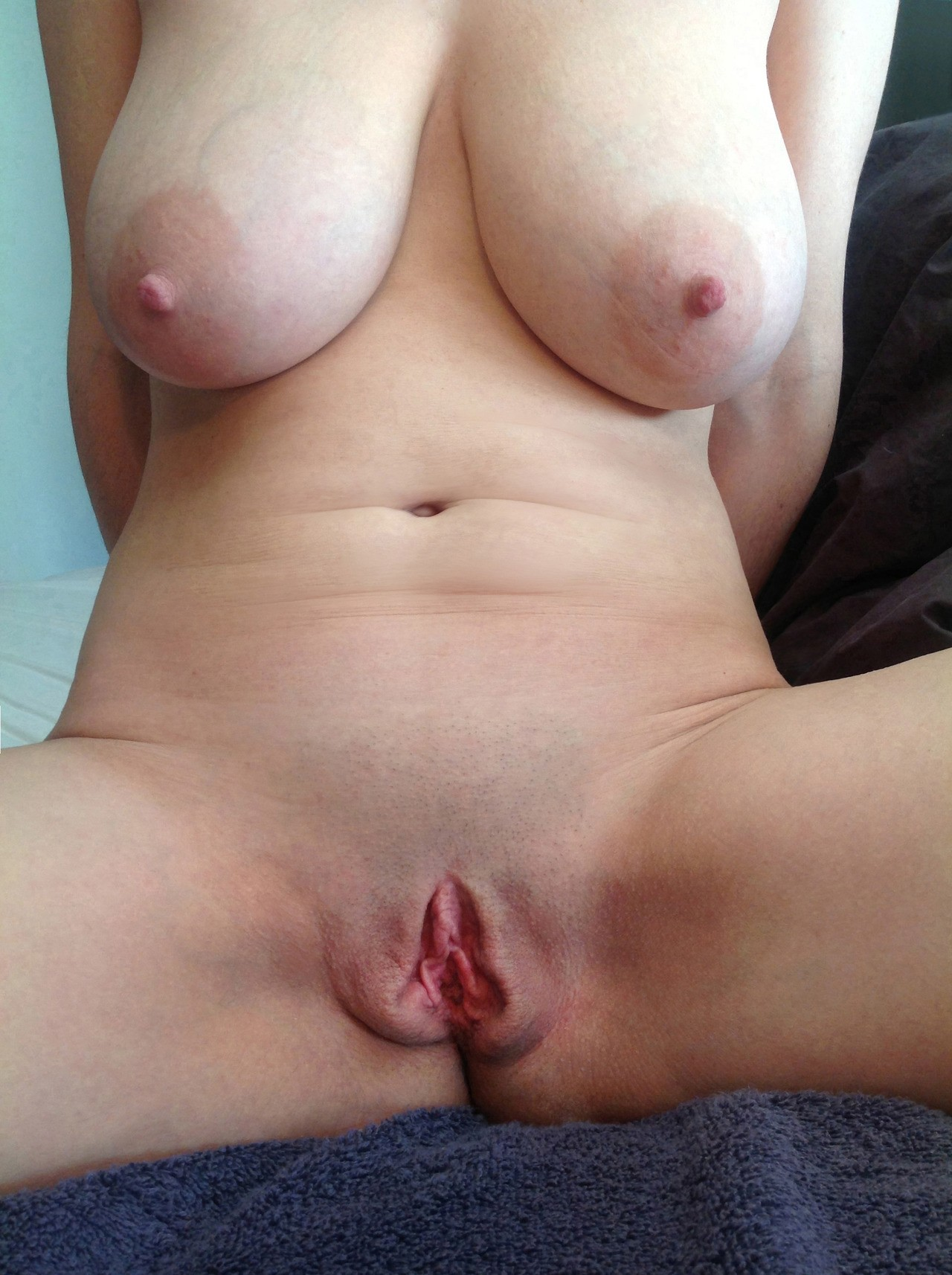 Are Femme gros chatte nue
