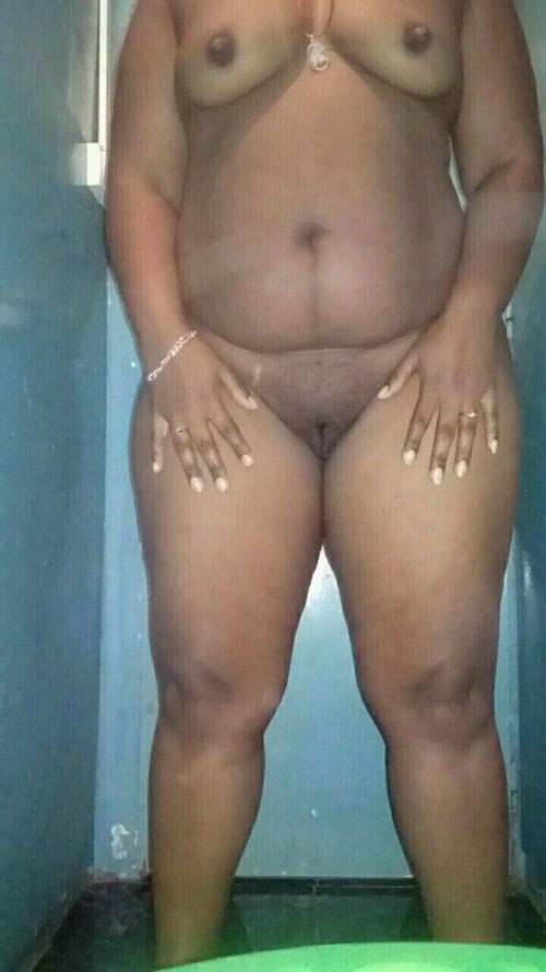 Exhibe d'un bonbon sexe